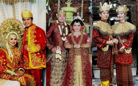 Baju Atasan Dari Negara Singapura 12 baju pengantin tradisonal unik dunia foto 3 co id