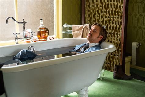 ryan gosling bathroom the nice guys new images with ryan gosling russell crowe