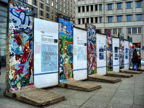 your piece of the berlin wall isn t worth very much berl 237 n celebra 25 a 241 os de la ca 237 da del muro