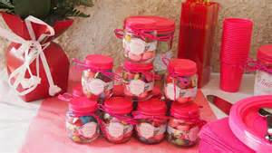 r 233 aliser des petits pots de bonbons pour un anniversaire