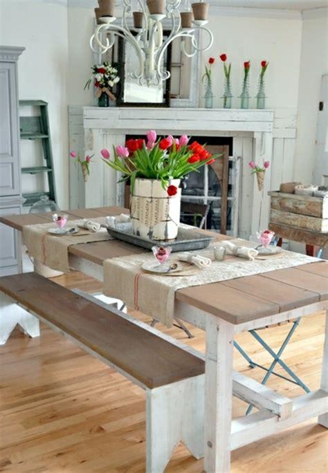 painted esszimmertisch tischdeko mit tulpen festliche tischdeko ideen mit