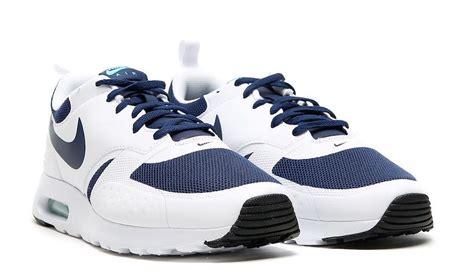 Original Bnwb Nike Air Max Vision Midnight Navywhite nike air max vision heavily inspired by the original air max zero sneakers cartel