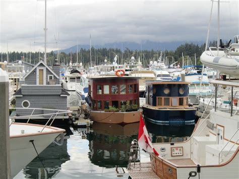 pontoon boats vancouver bc 1000 images about houseboats of vancouver on pinterest