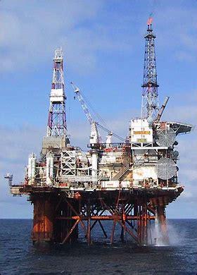 oil rig photos thistle alpha