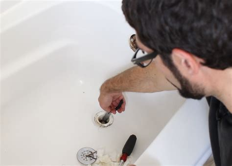 unclogging a bathtub hometalk how to unclog a bathtub drain the easy way