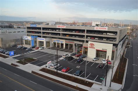 toyota dealerships nearby seattle toyota dealer autos post
