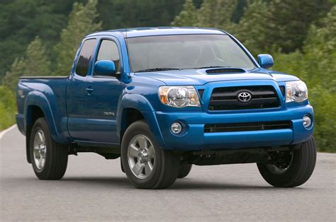 truck tacoma 2005 truck of the year winner toyota tacoma