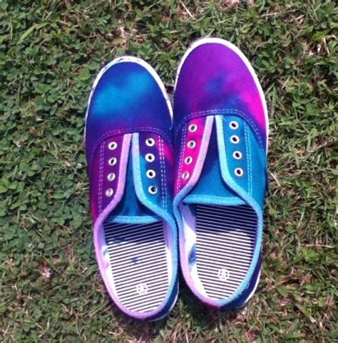 tie dye slippers tie dye shoes i want dye shoes dyes and ties