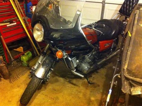 Suzuki B King Owners Club Classic 1976 Suzuki 750 Gt 2cyl 3 Carb 4 500 For Sale On