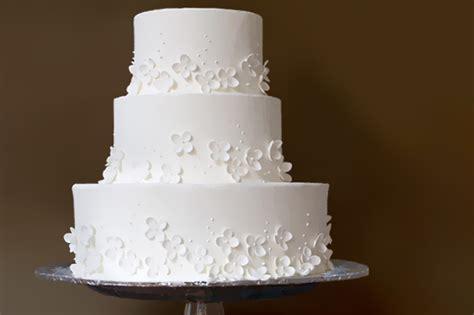 como decorar um bolo de casamento bolo de casamento simples inspira 231 245 es e dicas vida de