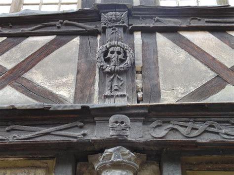 maclou wattrelos si鑒e beinhaus maclou rouen friedhof historisch