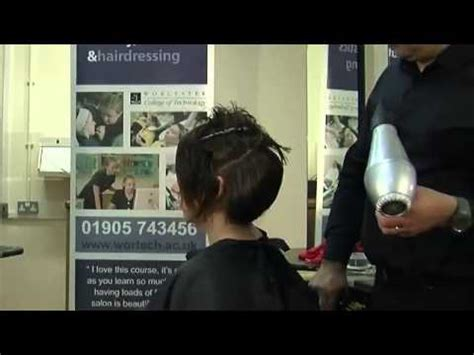 how to blow dry a bob hair cut how to blow dry a bob hairstyle youtube