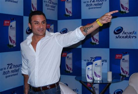 tattoo saif ali khan saif ali khan s kareena tattoo not removed bollywood garam