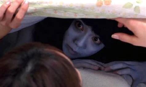 film hantu jepang mulut sobek dari hantu bathtub sai mulut sobek 9 hantu jepang ini