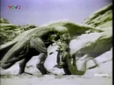 kinh kong dai chien khung long bao chua phim video clip đại chiến rắn khổng lồ chống khủng long