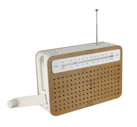 radio reciclable safe radio crank powered bamboo by lexon
