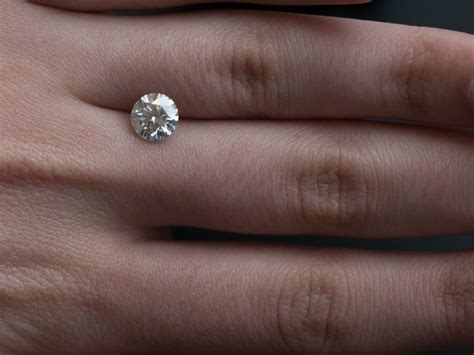 "Are These ""Fake"" Engagement Rings Better Than the Real"