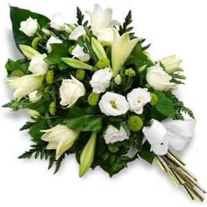 fleurs deuil en ligne la livraison de fleurs de deuil une pratique qui se