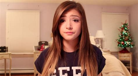 Chrissy Costanza Hairstyles | againstthecurrentny