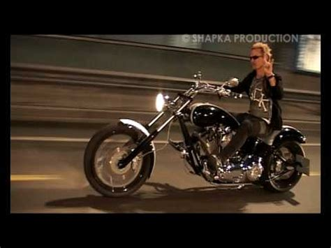 billy idol motorcycle accident billy idol in moscow youtube