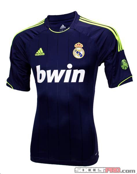 Jaket Bola Madrid Grade Ori 2016 Hoodie Barca jaket bola shop auto design tech