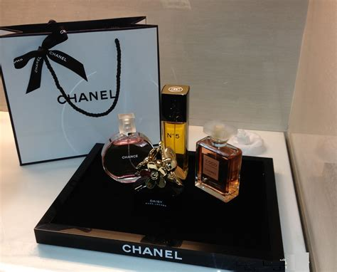 vip home decor chanel vip classic gift item black white cosmetic makeup