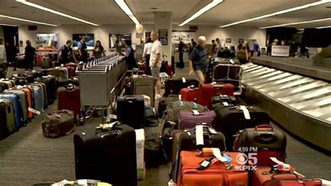 united baggage lost united airlines carry on crackdown biggest sfo airline