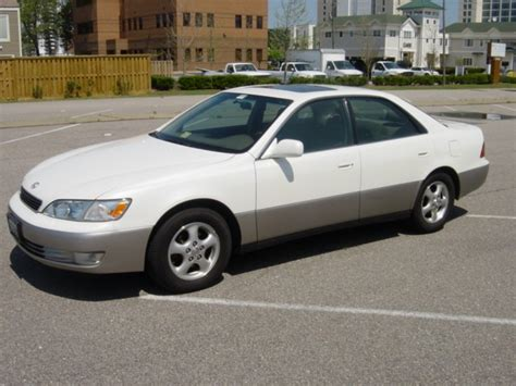 lexus es300 review 1998