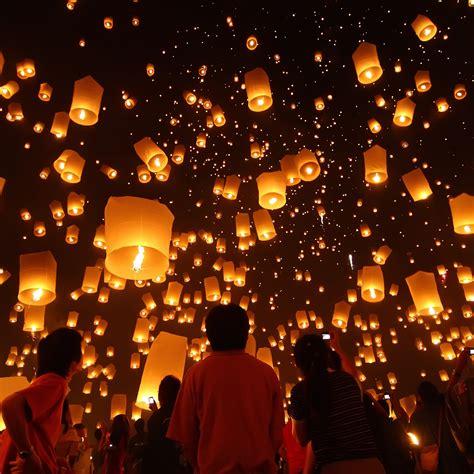 floating lantern festival thailand 83 places you