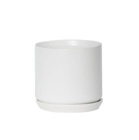 white pot white oslo planter medium general eclectic