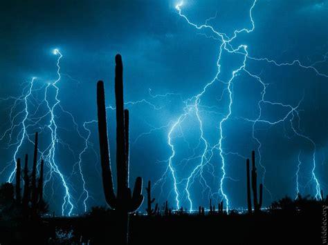 Lightning Light Paradox Lightning