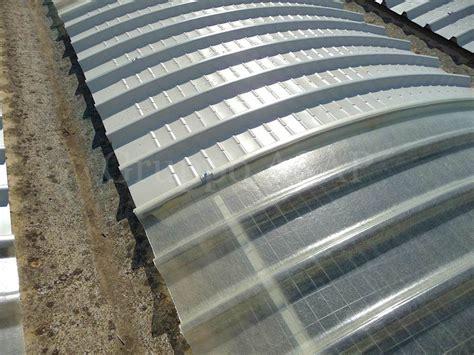 lamiere per tettoie lamiere grecate verniciate rosso siena per coperture e