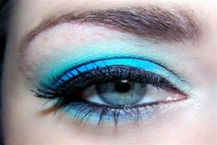 best eyeshadow color for blue how to choose the right eye shadow color for blue
