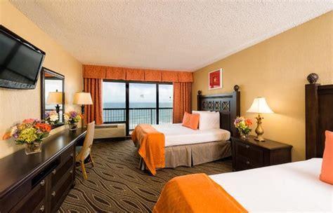 hotel rooms in myrtle tower 1 oceanfront 1 bedroom deluxe living room picture of westgate myrtle oceanfront