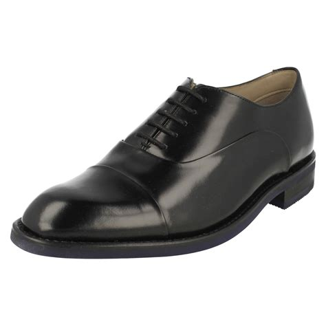 clarks oxford shoes mens clarks lace up leather oxford toe cap shoes