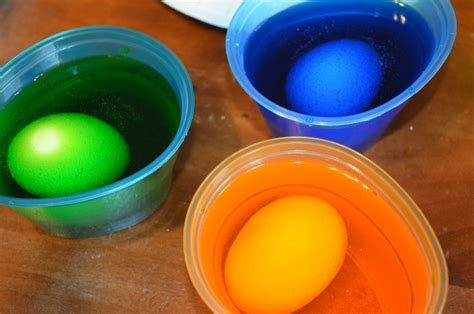 easter egg decorator app and heinz vinegar and paas easter egg dyeing kits thrifty and chic mom