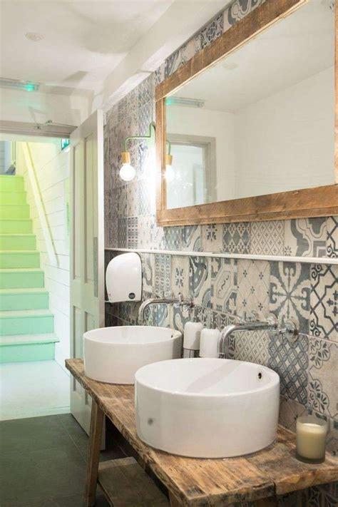 cafe bathroom piastrelle per il bagno rustico foto 24 40 design mag