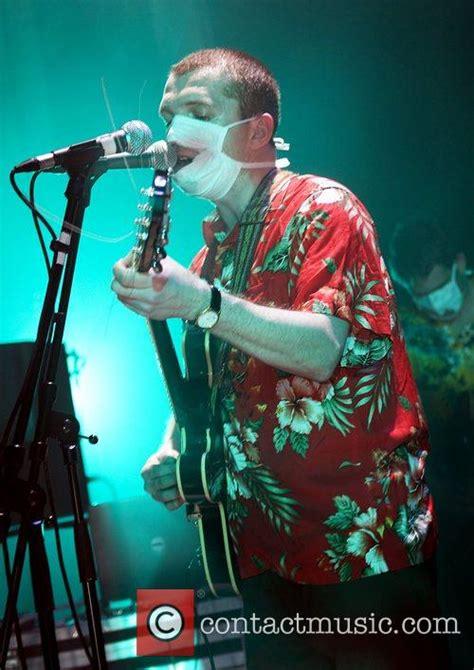 Ade Blackburn | clinic performing at liverpool bluecoat arts centre 27