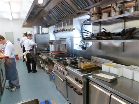 sle layout of commercial kitchen best 25 commercial kitchen design ideas on pinterest