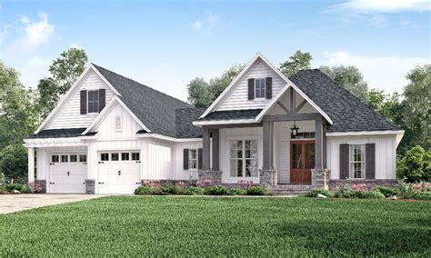 beautiful modern farmhouse exterior design 41 homedecort