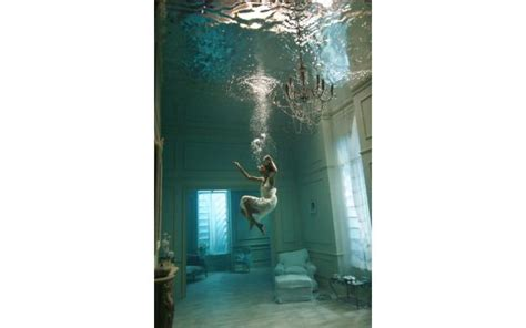 bedroom under water underwater room 101qs