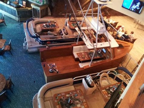 if i had a boat jimmy buffett boat tables at margaritaville picture of jimmy buffett s