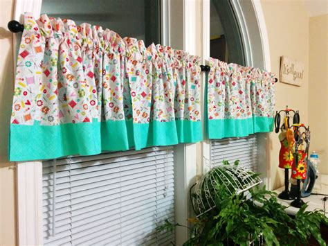 sewing room curtains timeless treasures how to make reversible curtains for