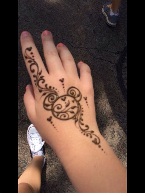 tattoo artist that do henna image result for disney henna designs vacation