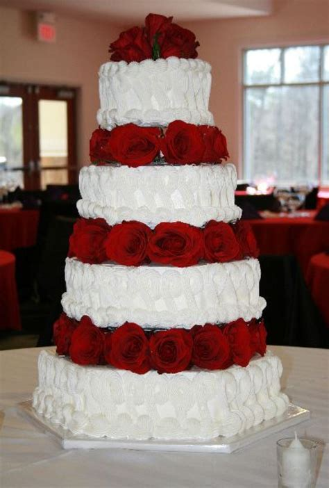 White And Black Wedding Cakes by 97 Black And White Wedding With Roses And White