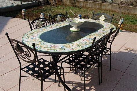 tavoli in pietra da giardino tavoli in pietra lavica decorati tavoli ovali siad