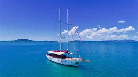 sailing boat elements the orient pearl yachting sailing boat and yacht photos