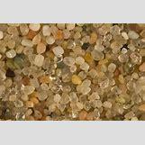Bauxite Mineral   900 x 600 jpeg 67kB