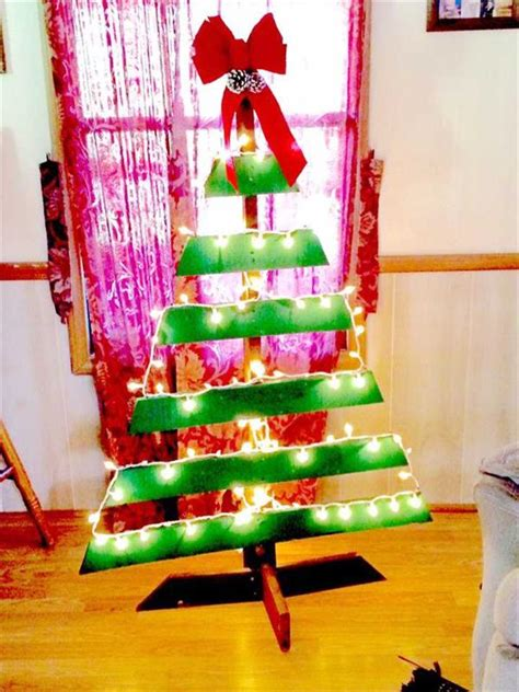 pallet christmas tree dimensions diy pallet tree with lights concepts pallets designs