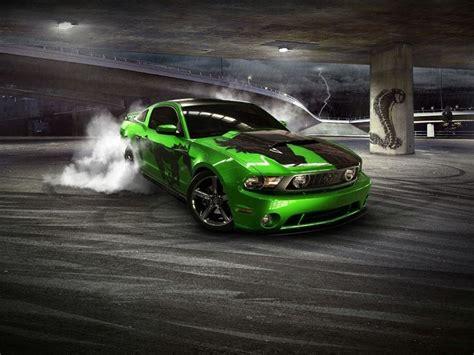 Drifting Cars by Cars Drifting Wallpaper 1152x864 Wallpoper 428393